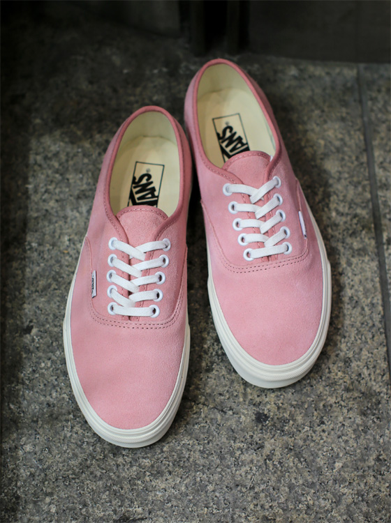 ee9fddb7b082 brand   VANS model   AUTHENTIC color   (VINTAGE SUEDE)PRISM PINK size    8 8H 9 9H 10 price   8